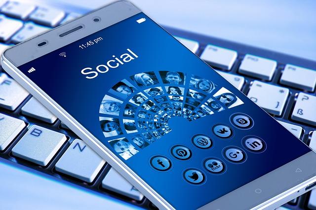 Pericoli di internet: analizziamo numericamente il fenomeno